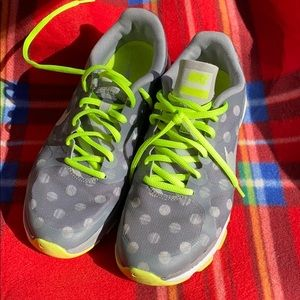 Nike Dual Fusion Trainer Shoes Gray/Volt Polka Dot